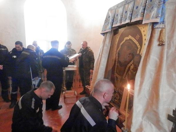 В ИК-19 и ИК-26 прошел крестный ход и в храмах состоялись молебны в честь Чудотворной иконы Табынской ВИДЕО