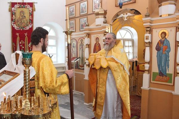 Храме Николая Чудотворца при ИК-47 проходили торжественные службы одного из самых почитаемых праздников православного христианского мира Рождество Христово и Собор Пресвятой Богородицы